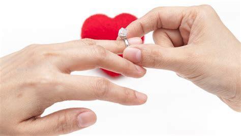 do men wear engagement rings   The Brilliance.com Blog