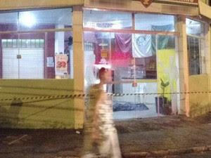 Homem foi morto a facadas na zona leste de São José (Foto: Divulgação/ Polícia Civil)