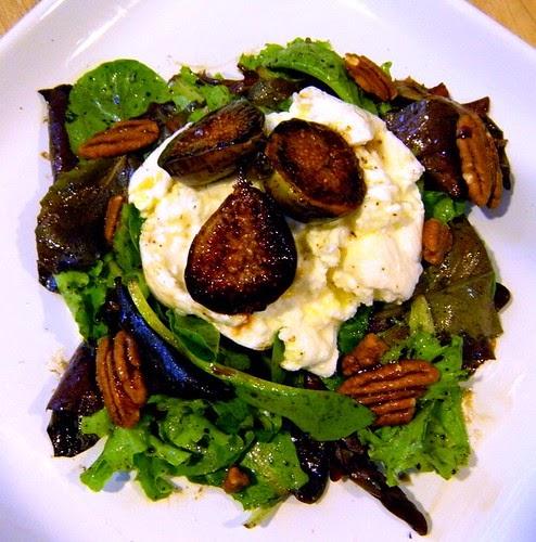 The Yummy Mummy Kitchen Cookbook: A Vibrant Vegetarian