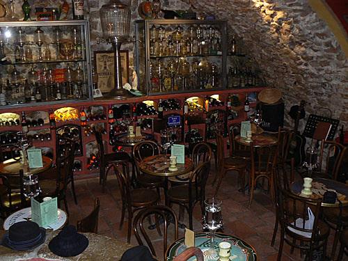 absinthe bar 3.jpg