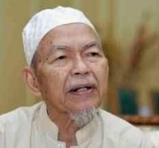 http://kedahlanie.blogspot.com/2009/09/nik-aziz-sifatkan-orang-tolak-islam.html