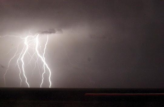 Συνεχίζεται η κακοκαιρία - Χιόνια στην Πάρνηθα και ισχυρές καταιγίδες