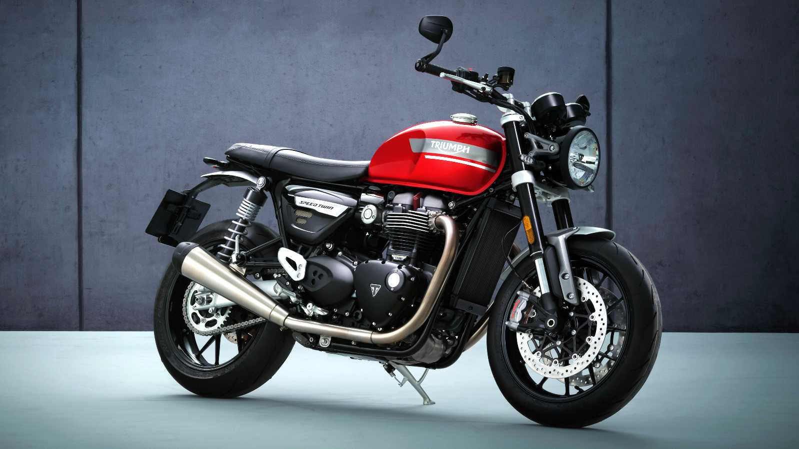 The 2021 Triumph Speed Twin will be available in three colours, including the 'Red Hopper' scheme shown here. Image: Triumph Motorcycles