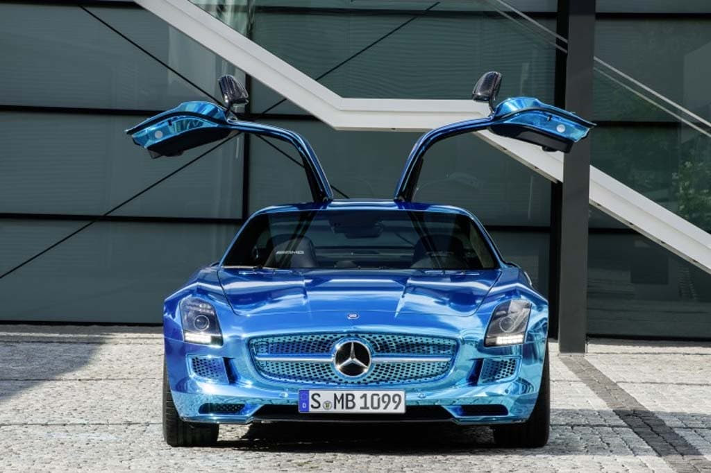Mercedes Plugs in with SLS AMG Electric Drive ...