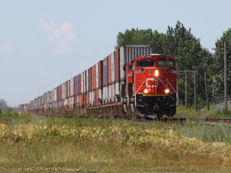 CN 8899 in Winnipeg