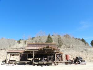 gold minig camp