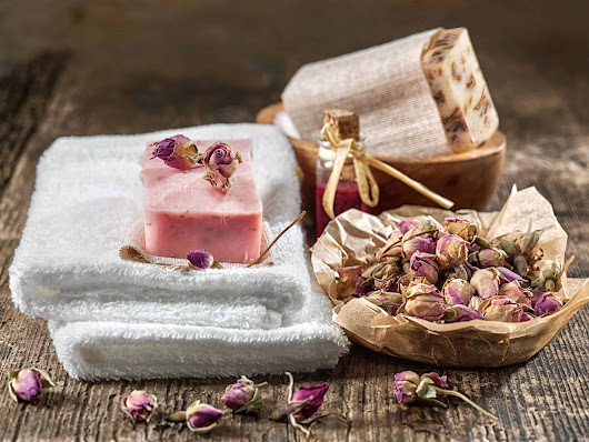 How To Make Soaps: Creating An Essential Oil Oasis In Your Own Bathroom