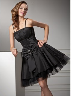 A-Line/Princess Knee-Length Taffeta Tulle Homecoming Dress With Ruffle