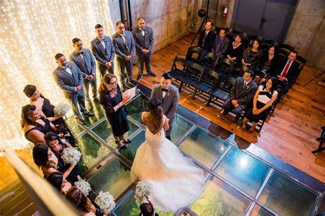 Wedding Officiant for Large Weddings   Seattle Wedding