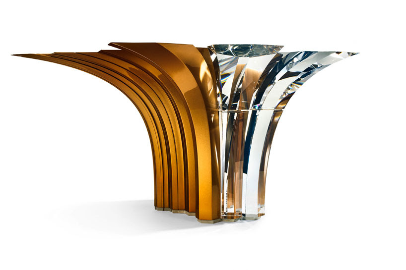 atelier-swarovski-home-zaha-hadid-centerpiece-designboom-02