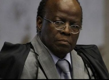 Barbosa diz que Justiça não trata a todos igualmente
