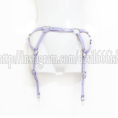 garter belt (purple)