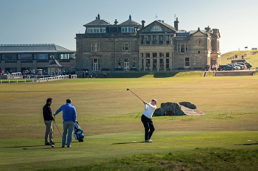 18th Tee St Andrews Scotland by Alex Saunders