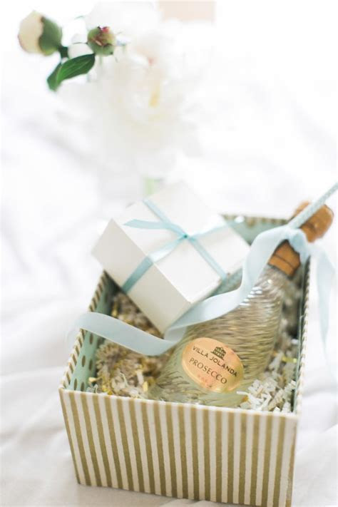 DIY Bridesmaids Gift Box   It Girl Weddings