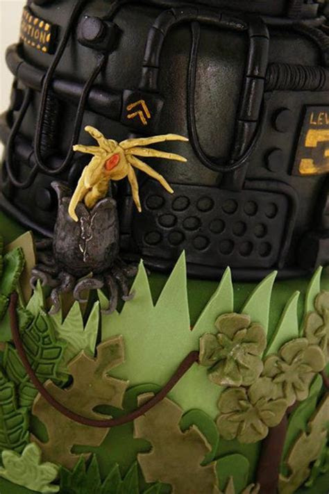 Chestbursting With Love: Alien Vs. Predator Wedding Cake