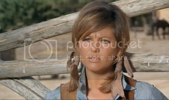 photo claudia_cardinale_petroleuses-03.jpg