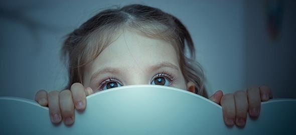 Αποτέλεσμα εικόνας για Πως μπορούμε να βοηθήσουμε ένα παιδί που φοβάται