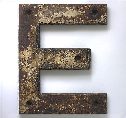 The 'E' letter