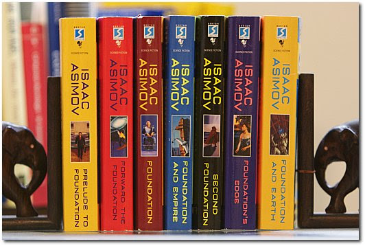 Spines of Isaac Asimov's Foundation series by chronological order.
