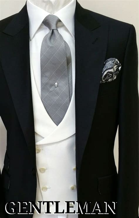 25  best ideas about Man Suit Wedding on Pinterest   Men