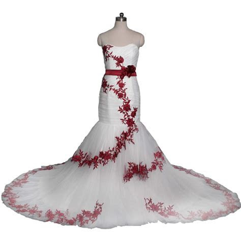 Top 10 Best Red & White Wedding Dresses   Heavy.com