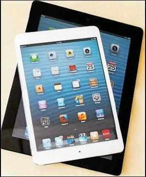 How to sort apps by name in iPad