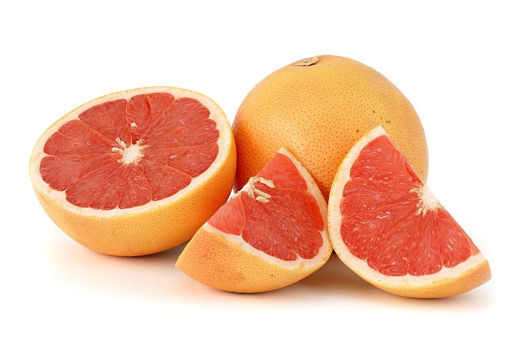 http://upload.wikimedia.org/wikipedia/commons/thumb/d/d0/Citrus_paradisi_%28Grapefruit%2C_pink%29_white_bg.jpg/1024px-Citrus_paradisi_%28Grapefruit%2C_pink%29_white_bg.jpg