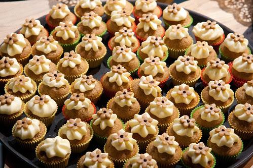 Caffe latte muffins with cream cheese frosting / Kohvimuffinid toorjuustuglasuuriga