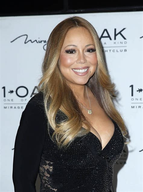 Mariah Carey wears $500,000 necklace from James Packer at