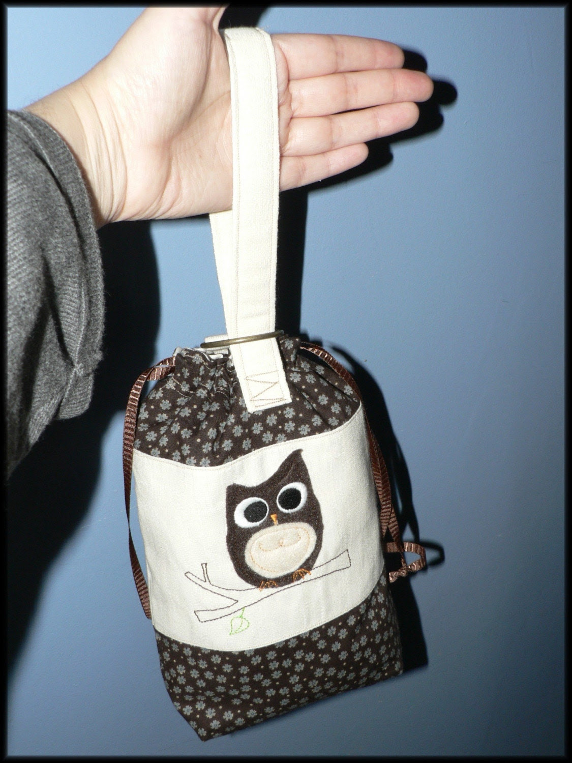 Little Drawstring Pouch whit Carrying Strap owl