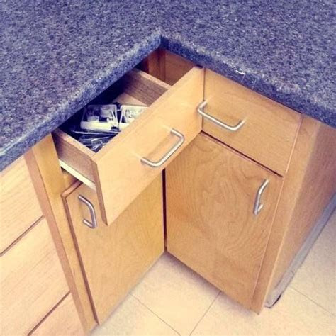 kitchen drawers installed poorly   open properly