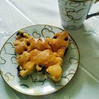 Owocowy motylek, czyli ciasto z wiśniami i jagodami