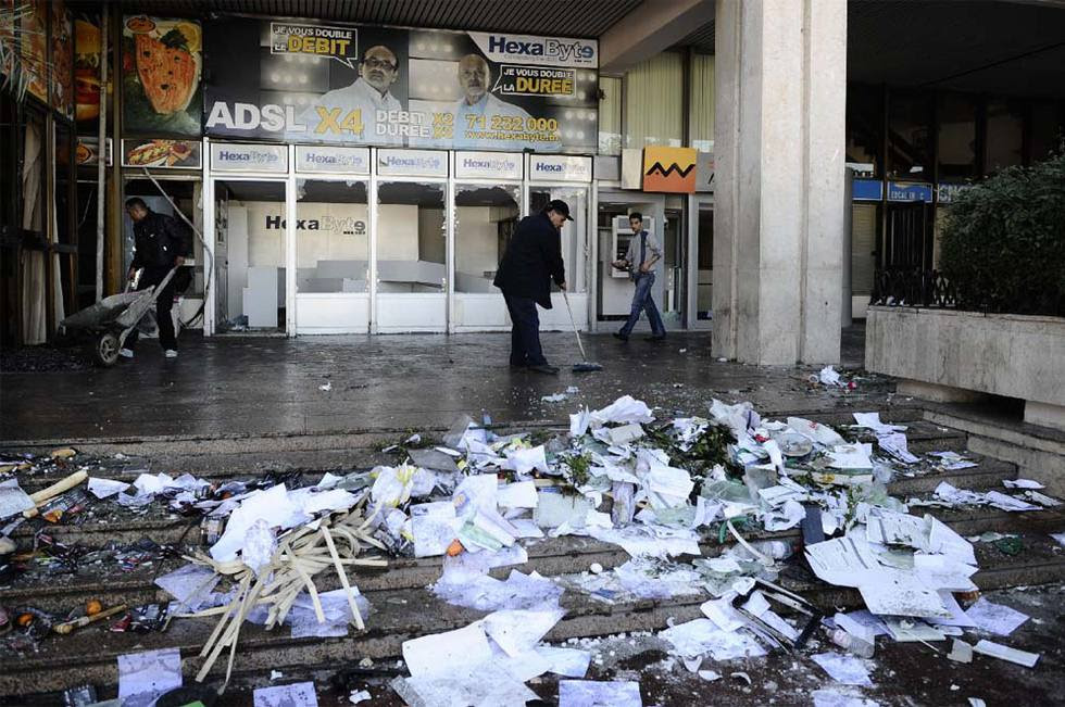 El fin del régimen de Ben Ali en Túnez  - Incendios y saqueos