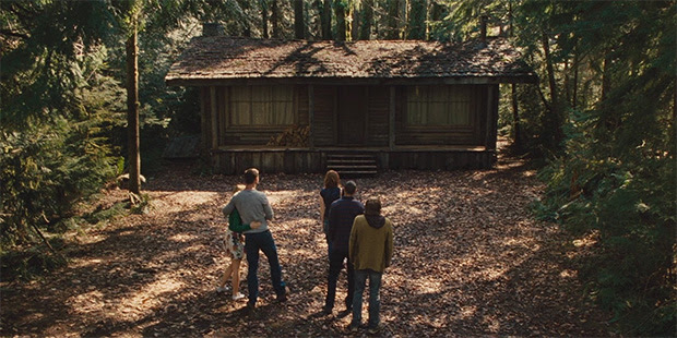 Resultat d'imatges de la cabaña en el bosque
