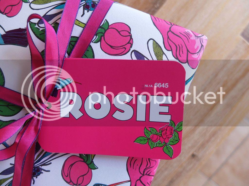 Lush Cosmetics Rosie gift set