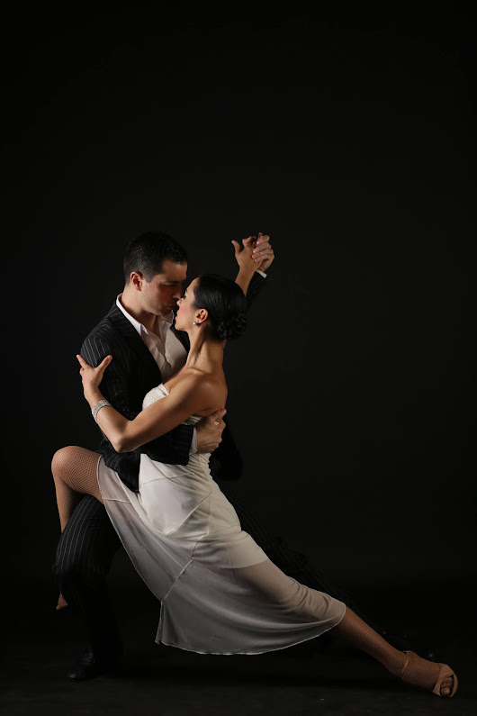 Argentine Tango Classes London - Wedding first dance - Private Lessons | Wedding First Dance