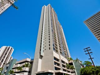 Cozy 1 Bed/1Bath Waikiki Sunset Vacation Rental, Honolulu