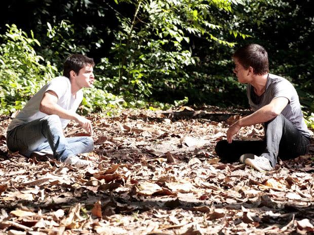 Guilherme pressiona Pedro a deixar Catarina em paz