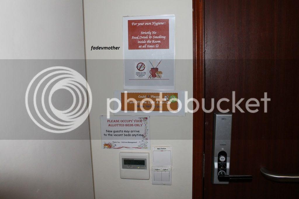 aturan di kamar photo tulisan di pintu mitra inn_zpsthtmcucy.jpg