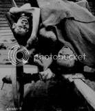 Cadáveres de prisioneros del campo de concentración de Gusen, Austria. Foto de Sam Gilbert, cortesía de la National Archives and Records Administration.