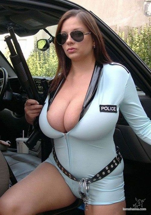 Extremely huge breasts - Pictures nr 19