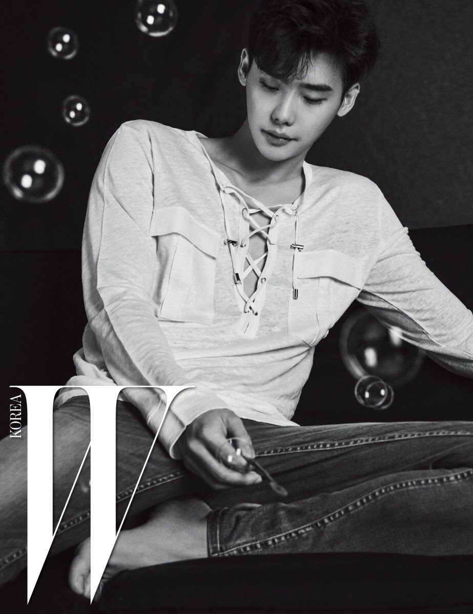 Lee Jong Suk for W Korea August 2016. Photographed by Ryu Kyung Yoon