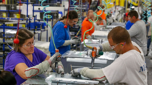 10 Ways to Attract More Manufacturing Expansion Projects in 2015