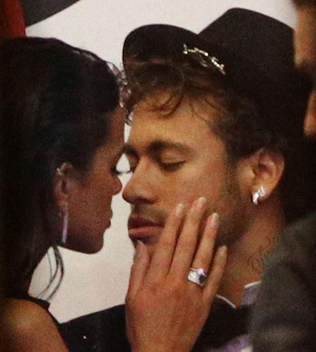 Neymar e Bruna (Foto: The Grosby Group)