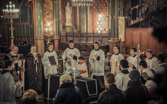Solemn requiem Louis XVI on 21 January 2013: during the absolution