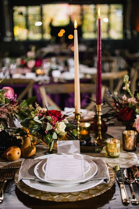 Reception Décor Photos   Rustic Old Europe Themed