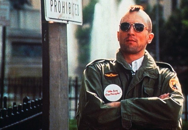 Traje memorável Ruth Morley para Robert De Niro em Taxi Driver