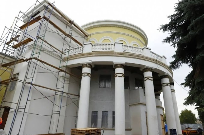 Реконструкция кинотеатра «Коммунар» в Новокузнецке подходит к завершению