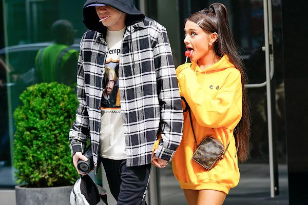 376299017 Google News - Ariana Grande s  Sweetener  Track List Released - Overview