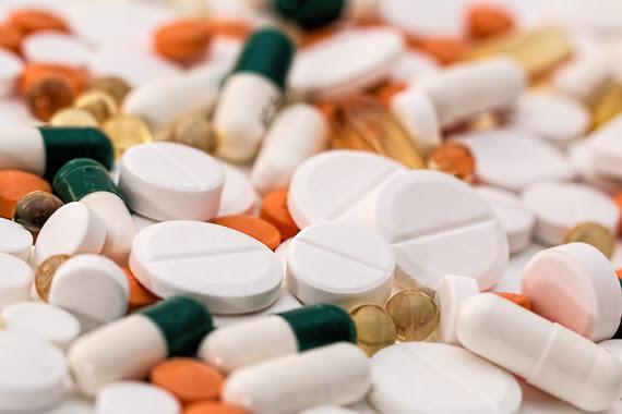 <p>El placebo y el nocebo tienen un fuerte impacto sobre los efectos de los fármacos, la recuperación de los pacientes y el alivio de sus síntomas. / Pixabay</p>